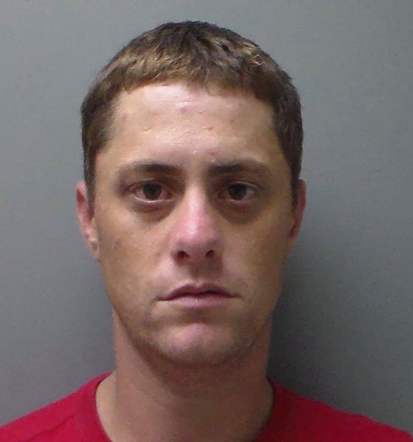 Policía de Troy en busca de un preso fugitivo