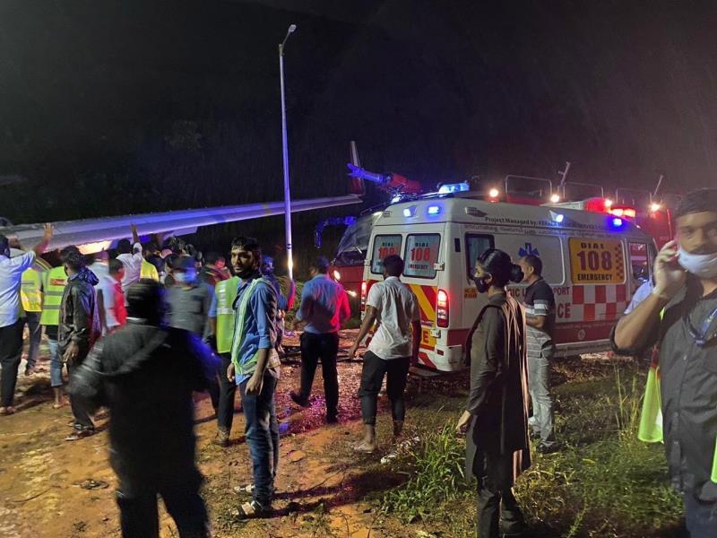 Accidente de vuelo de repatriación deja al menos 16 muertos en sur de India