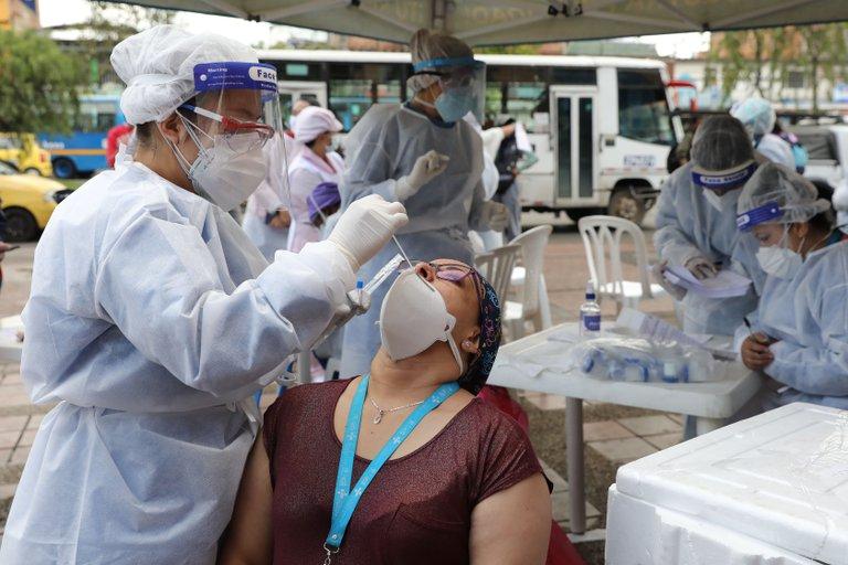 Colombia llega al medio millón de contagios al registrar récord de 13.056 casos nuevos