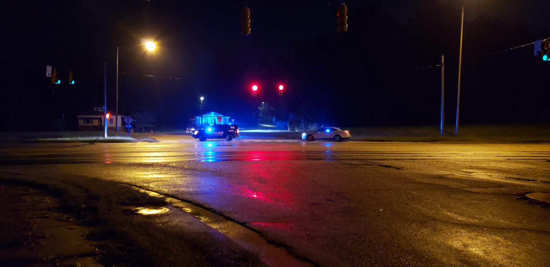Detención de tráfico involucra a un oficial en un tiroteo en Montgomery