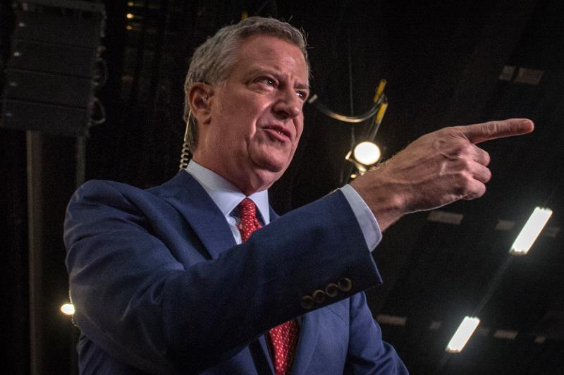 Nueva York asigna fondos millonarios para dar servicios legales a inmigrantes