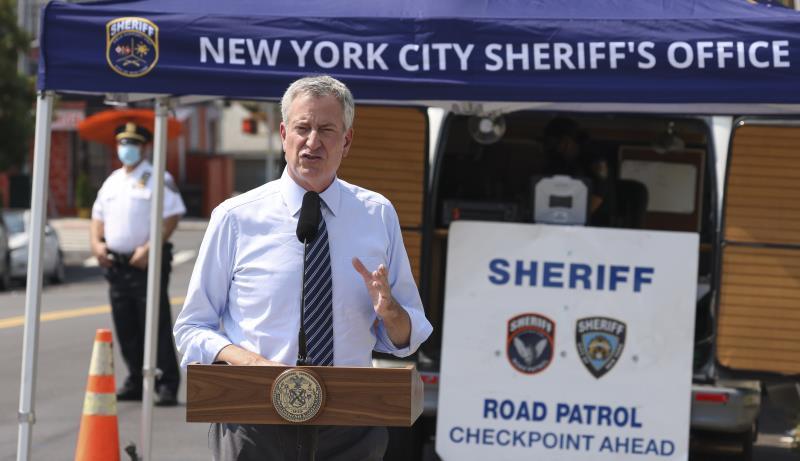 Nueva York previene 15.000 contagios gracias al seguimiento, según su alcalde