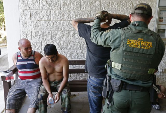 ICE arresta a 50 inmigrantes indocumentados durante operativo en Arizona