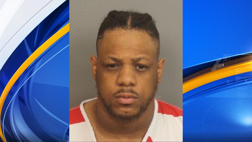 Padre acusado de asesinar a su hijo de 2 meses, después de que la autopsia revelara la causa de la muerte