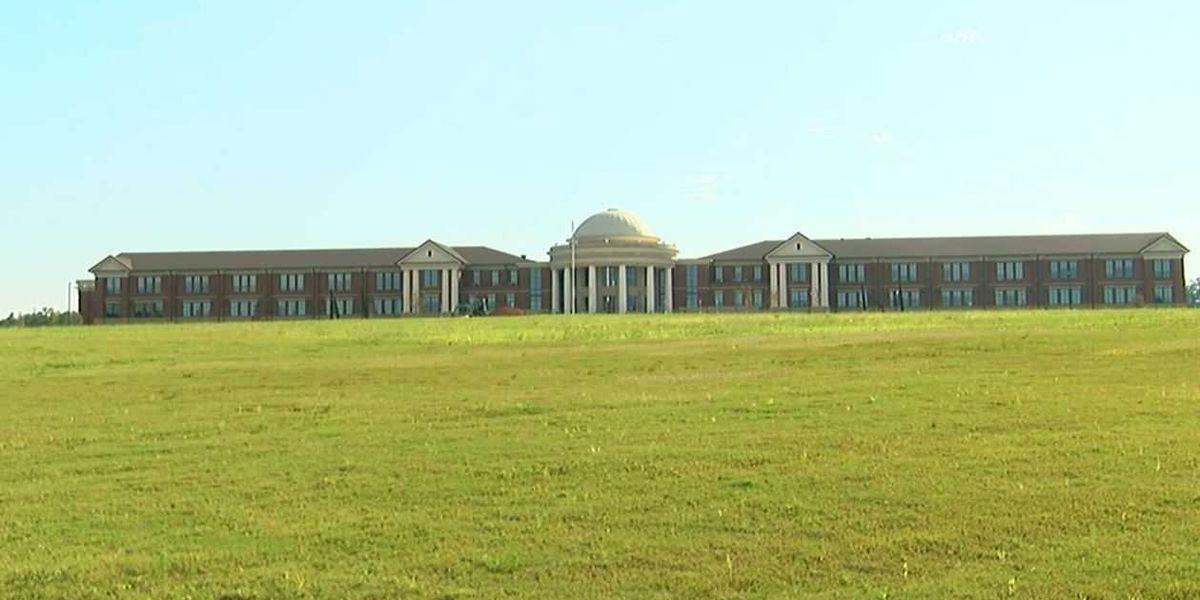 Las escuelas de la ciudad de Alabaster, harán la transición a cinco días a la semana, para el estudio tradicional