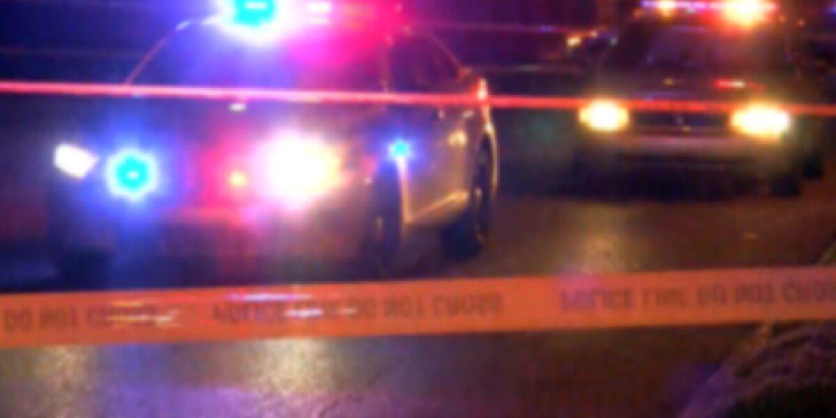 Agentes del Condado de Jefferson, investigan el tiroteo del miércoles por la noche, en una casa de Center Point