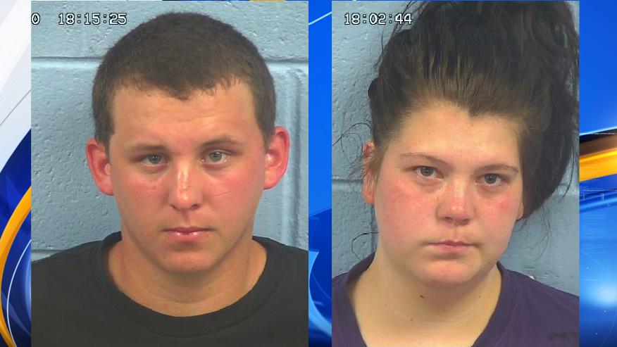padres arrestados por maltrato infantil agravado