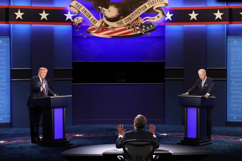 Organizadores cambiarán formato de debates tras agrio cara a cara Trump-Biden
