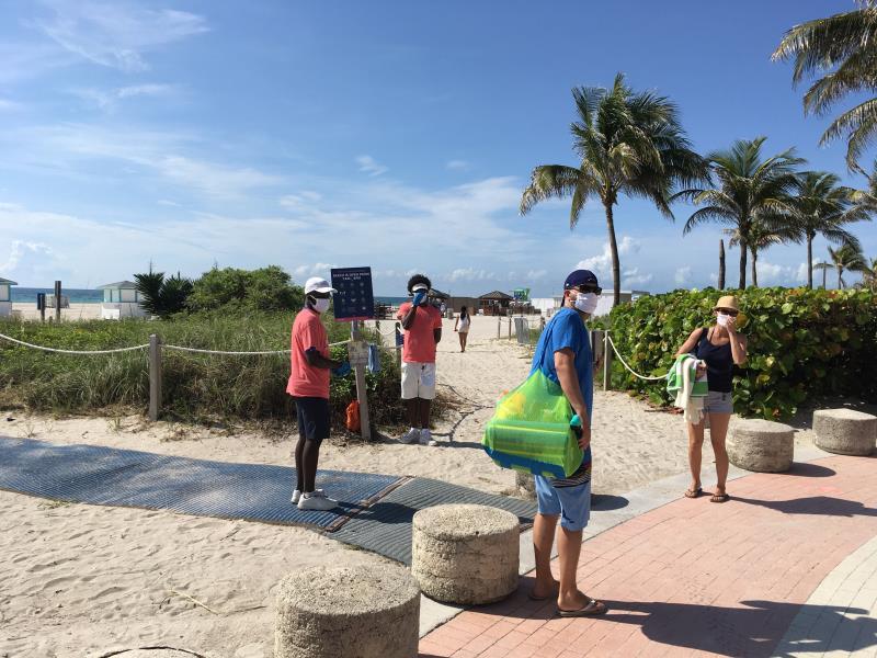 Suben los casos diarios de COVID-19 en Florida y baja el número de muertes