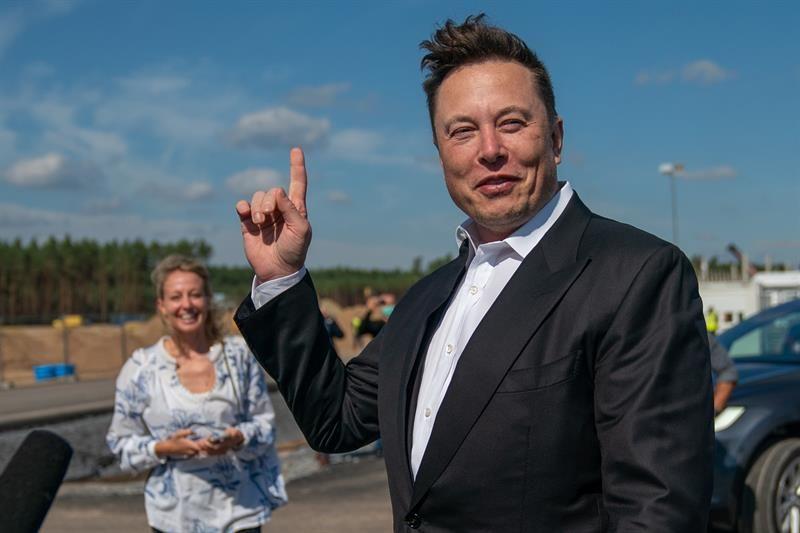 Elon Musk y su odisea espacial llegarán a la televisión con HBO - Latino  News