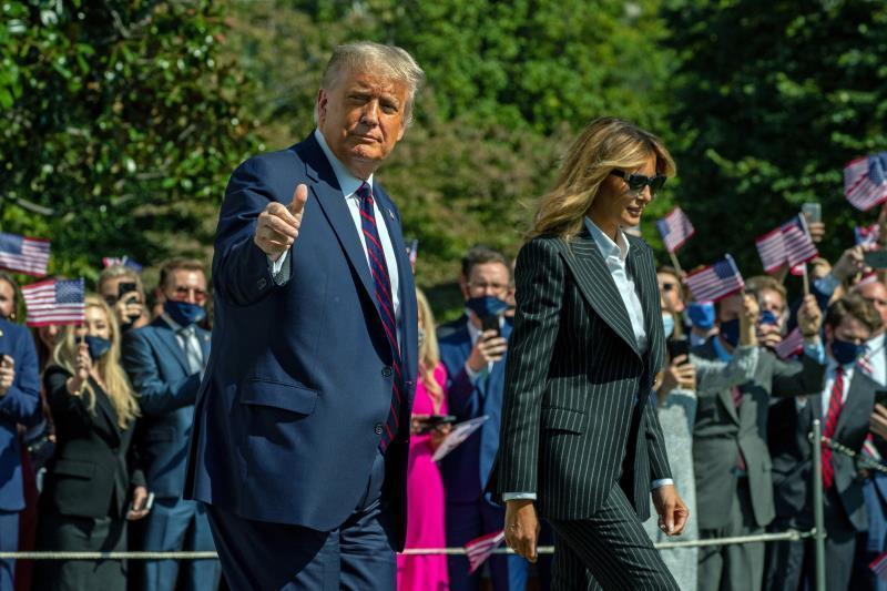 El contagio de Trump da un vuelco a la campaña a un mes de las elecciones