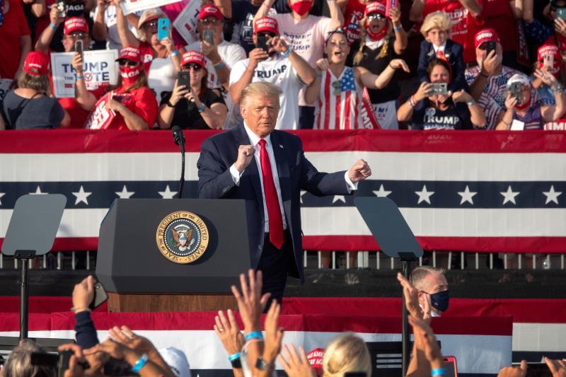 Trump alerta del riesgo para la industria petrolera si Biden gana elecciones