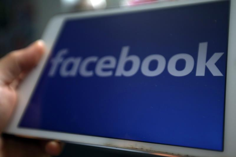 Facebook y Twitter eliminan redes falsas que buscaban influir en EEUU y Cuba