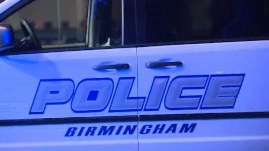 Tres personas heridas tras tiroteo, dentro de discoteca de Birmingham