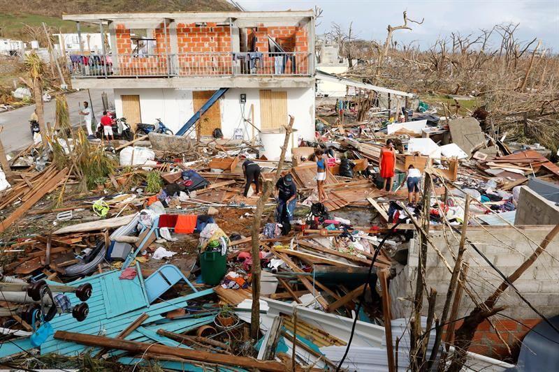 escombros providencia huracan iota
