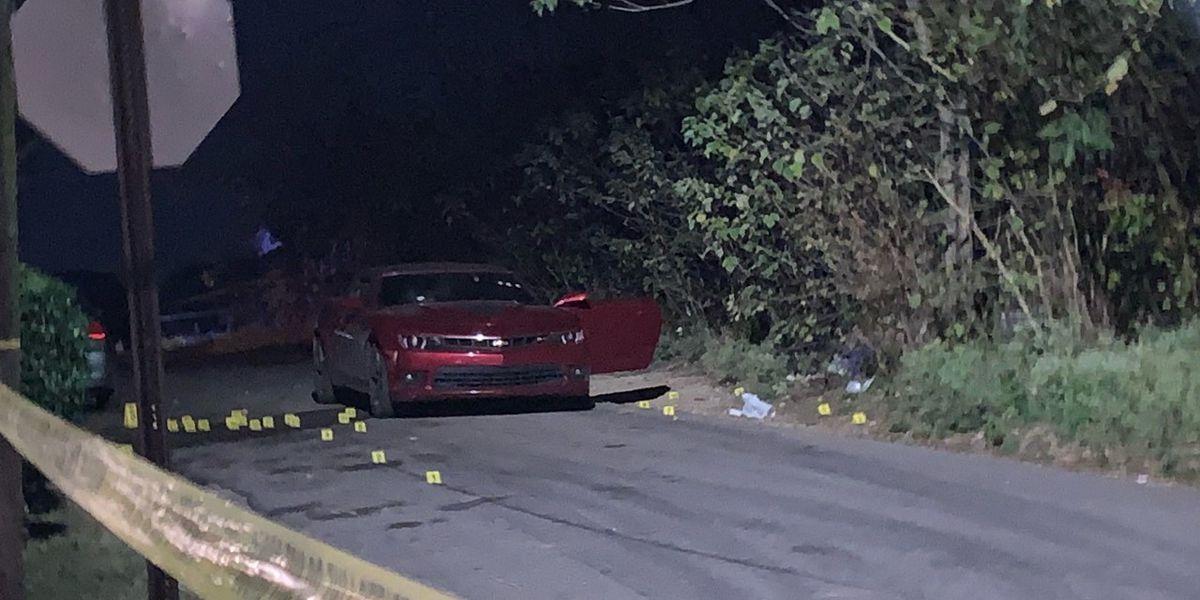 hombre muere baleado dentro de un automovil