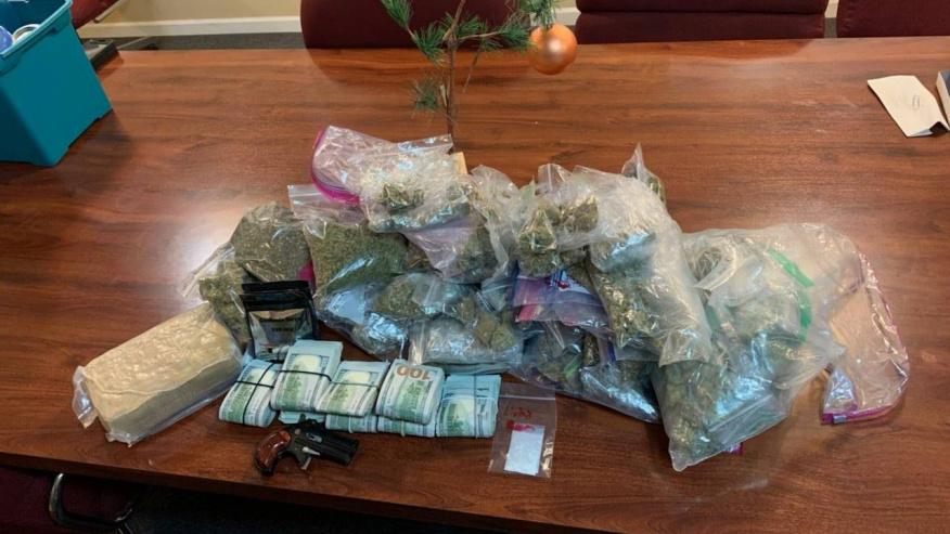 16 arrestados y $ 75K confiscados, en redada de drogas en el condado de Blount