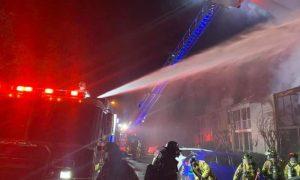 20 unidades dañadas por incendio nocturno de un apartamento en Hoover