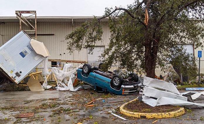 tornado en el oeste de florida