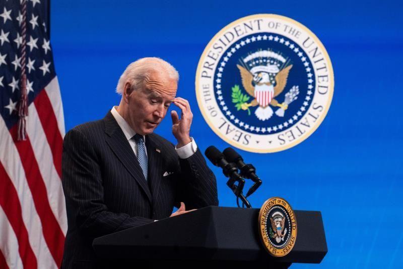 Juez bloquea la orden de Biden de suspender las deportaciones 100 días