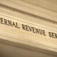 El IRS atrasa la fecha de inicio para declarar impuestos debido a la pandemia y el cheque de ayuda