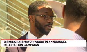 El alcalde de Birmingham, Randall Woodfin, anuncia el lanzamiento de la campaña para la reelección