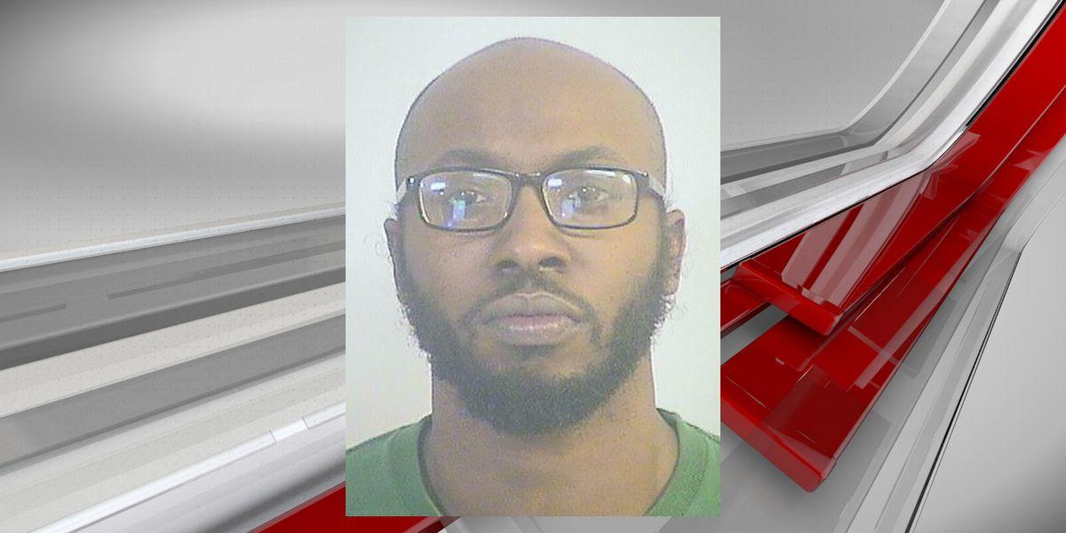 hombre arrestado por pornografia infantil