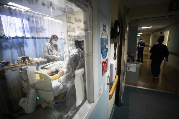Estados Unidos supera los 450.000 fallecidos por la pandemia