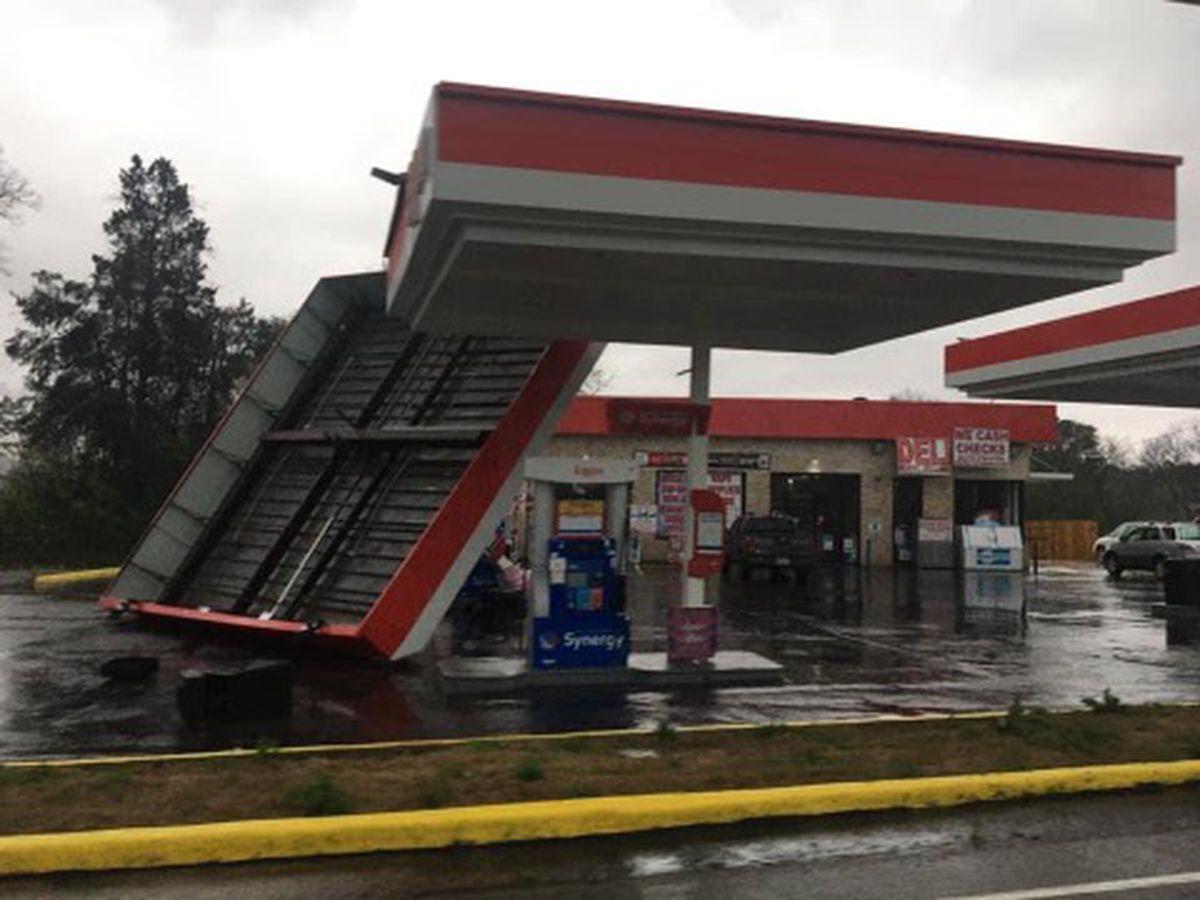 destrozos por tormentas en Alabama
