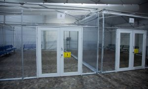 Biden planea convertir centros de detención en puntos para procesar migrantes