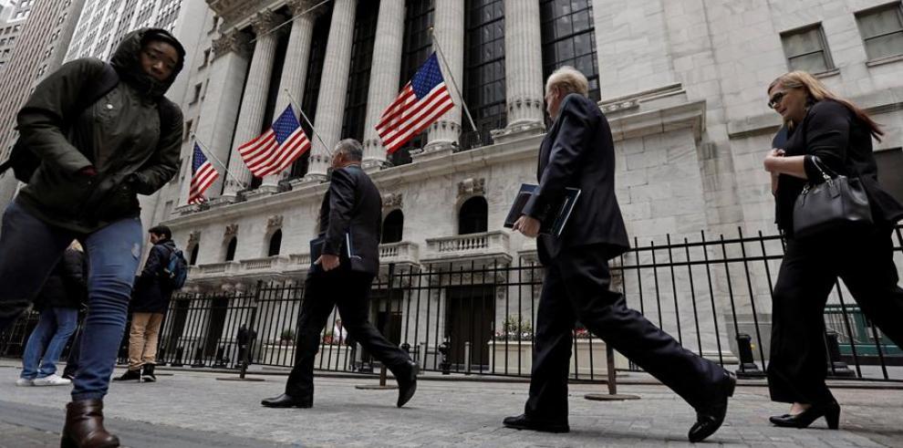 entrada principal de la Bolsa de Nueva York