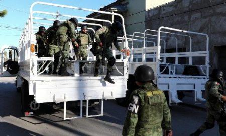 soldados mexicanos en frontera