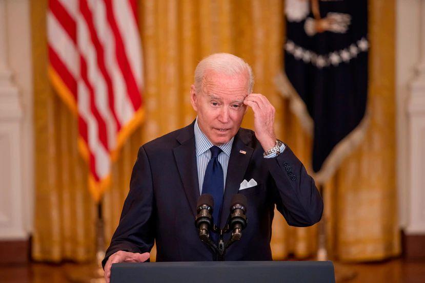 Biden revoca decretos de Trump sobre migración, redes sociales y estatuas