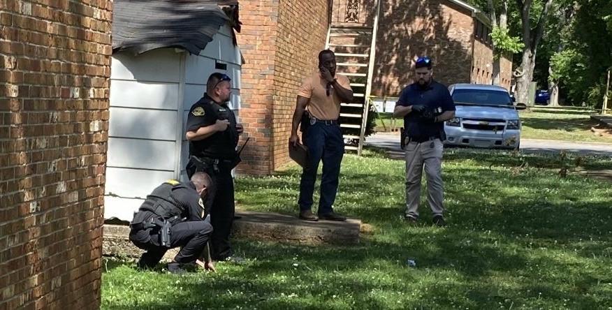 Joven de 17 años herido de bala en complejo de apartamentos de Tuscaloosa