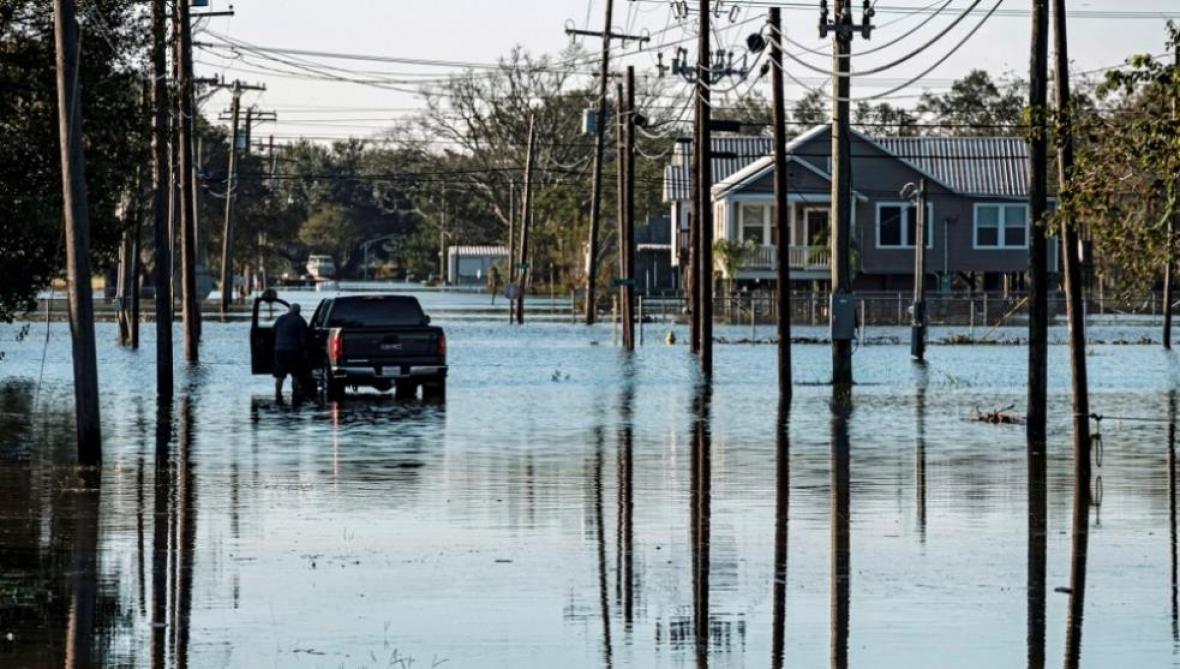 Al menos 12 personas mueren a causa de la tormenta tropical Claudette en EEUU