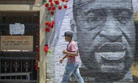 Condenado a 22 años y medio de cárcel un expolicía por el asesinato de Floyd