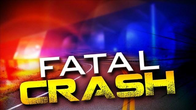 Dos pasajeros murieron después de que un automóvil se estrellara contra un camión en el condado de Montgomery