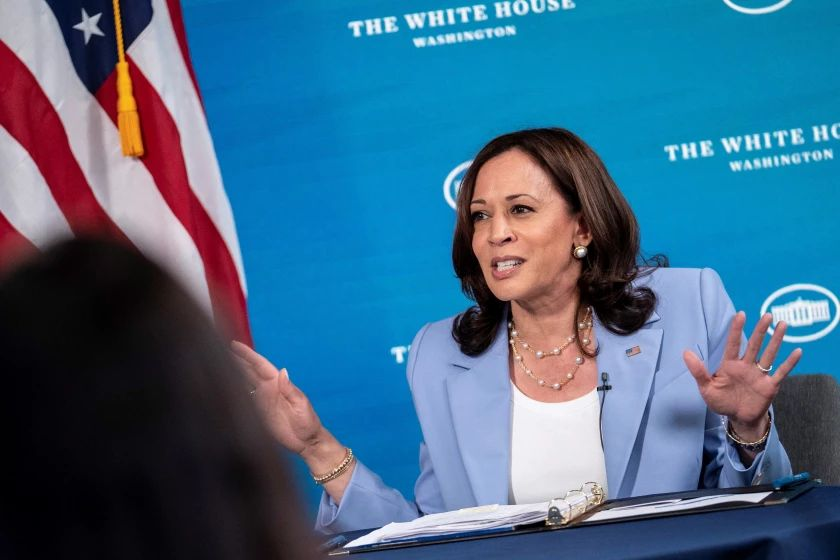 Casa Blanca defiende a Kamala Harris ante rumores sobre tensión en su oficina