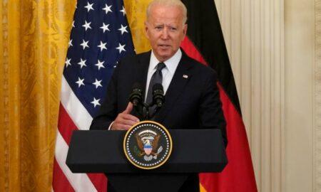 """Biden evalúa si EE.UU. puede """"restaurar"""" el acceso a internet en Cuba"""