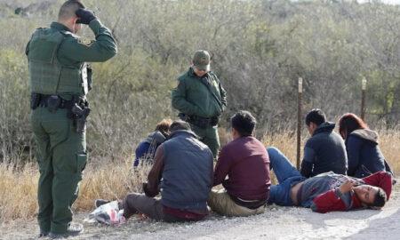 """Texas empieza a detener indocumentados porque no les tenderá """"alfombra roja"""""""