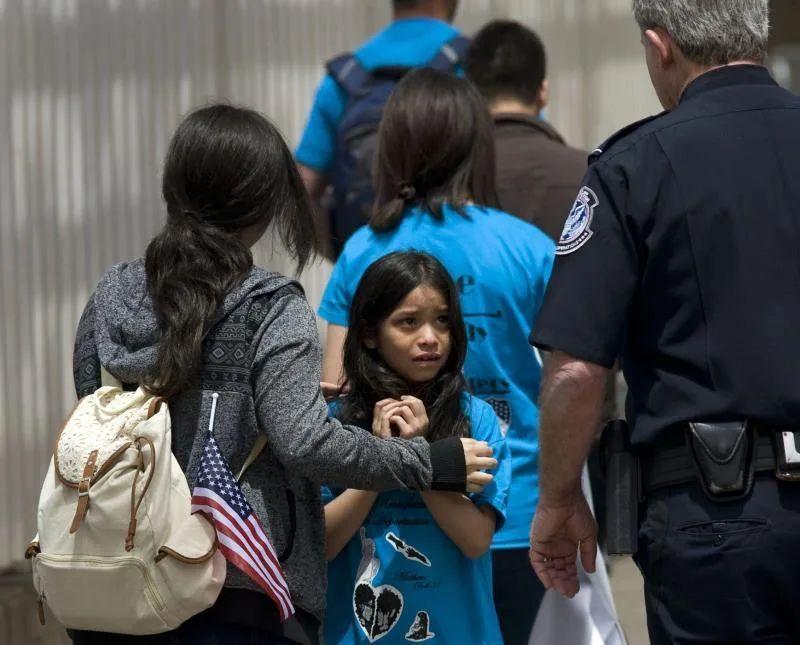 Alarma entre familias migrantes en la frontera ante posible remoción rápida