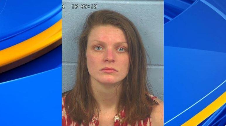 Mujer de Attalla arrestada después de admitir haber usado metanfetamina y otras drogas durante el embarazo