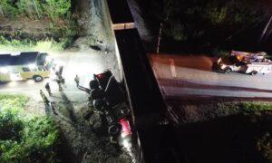 Tren choca con camión volquete en Alabaster