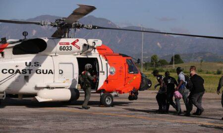 EEUU envía 8 helicópteros a Haití para ayudar en labores de rescate