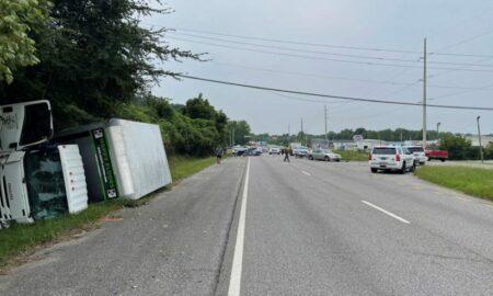 Mujer muerta y varios niños hospitalizados después de accidente en Hwy. 79 en Pinson