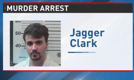Hombre del sur de Alabama acusado de asesinato por apuñalar a su padre