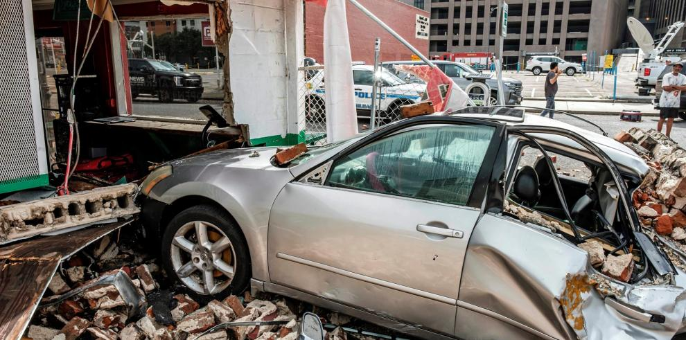"""Estados Unidos moviliza ayuda tras el """"catastrófico"""" huracán Ida"""