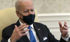 Biden promete dar prioridad a la reforma migratoria en reunión con latinos