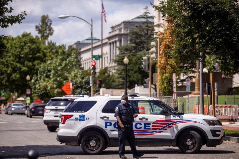 Se rinde el hombre que desató amenaza de bomba cerca del Congreso de EEUU