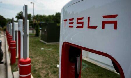 EEUU investiga sistema de conducción asistida de Tesla tras 11 choques